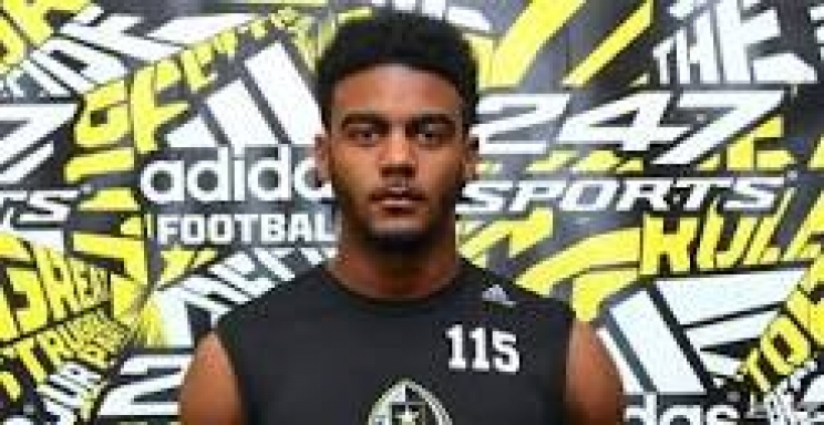 Receiver Tyler Simmons commits to Crimson Tide's Class of 2016 (via Crimson Magazine)